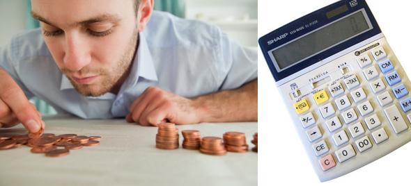 Photo d'une personne gérant son argent